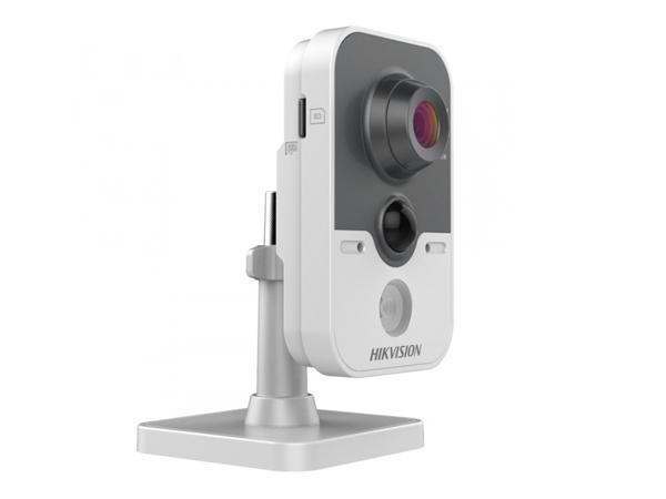 Hikvision DS-2CD2442FWD-IW видеокамера 4Мп, Wi-Fi, ИК=10м